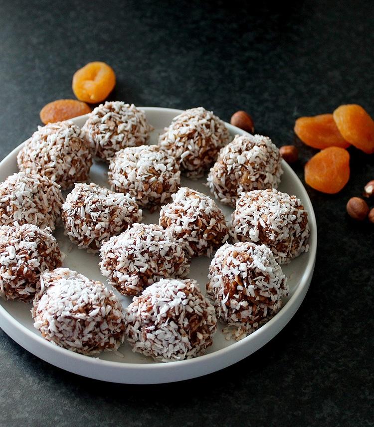 havermoutballetjes met abrikozen