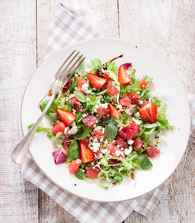 zomerse aardbei salade
