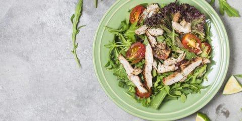 rucola kip salade